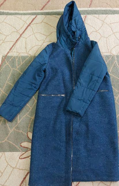 Продам женскую куртку