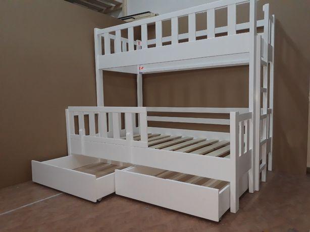TRANSPORT GRATUIT.Pat etajat din lemn masiv cod 3007