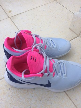 Оригинални маратонки Nike номер UK38.5