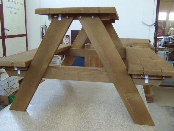 Мебели по поръчка.