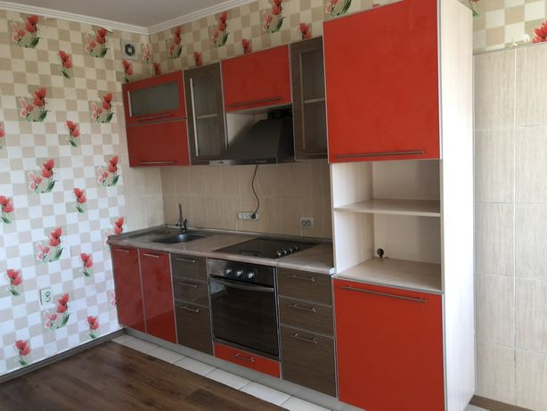 Продам кухонный гарнитур БЕЗ ТЕХНИКИ