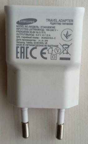 Продам рабочий адаптер Samsung и зарядной шнур для зарядки.