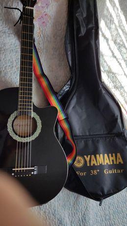 Продается новая акустическая гитара