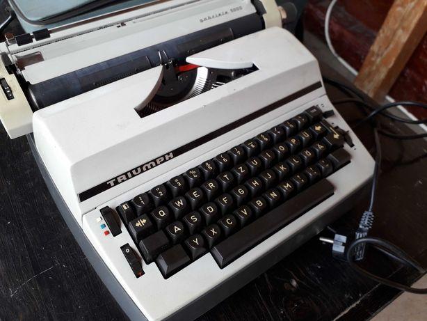 Masina de scris TRIUMPH Impecabila