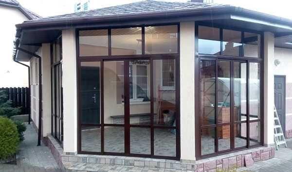 Алюминиевые витражи, окна, остекление балконов