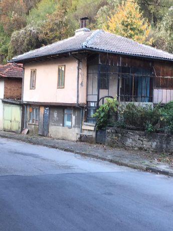 Къща с. Балканец ( Троян )