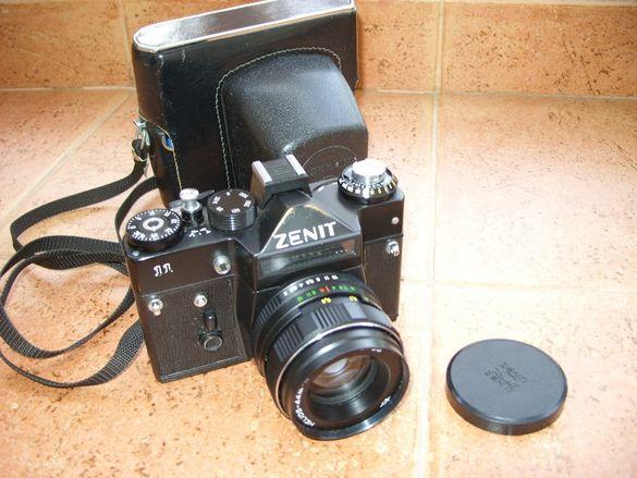 фотоапарат Зенит със светкавица