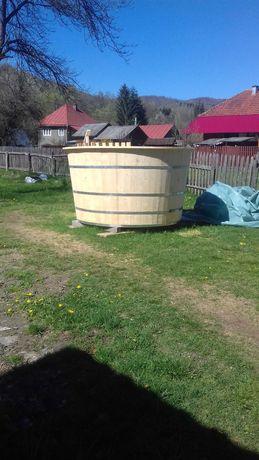 Ciubar/piscina din lemn