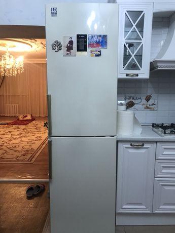 Холодильник Bocsh на запчасти.