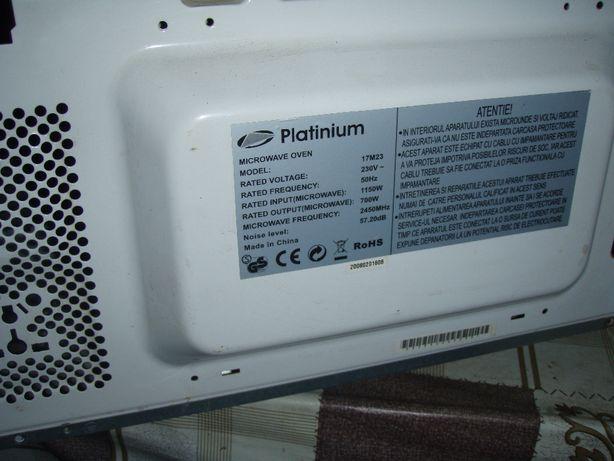 Dezmembrez cuptor microunde Platinum 17M23