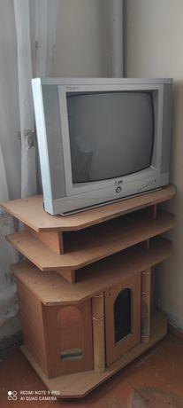 2 Телевизора LG Срочно 8000