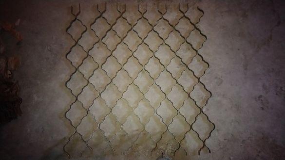 Метални орнаменти