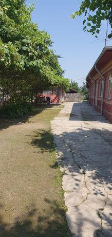 Vand casa + teren 3500 m2