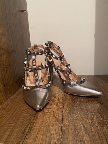 Туфли по Valentino