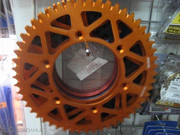 Маркови цветни алуминиеви забчатки венци за всякакви кросови мотори