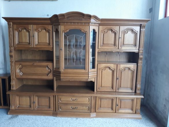 Мебел от Масивно Дърво - Старинна