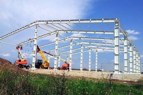 Vând structura metalica