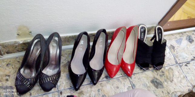 Pantofi!.Stare buna !