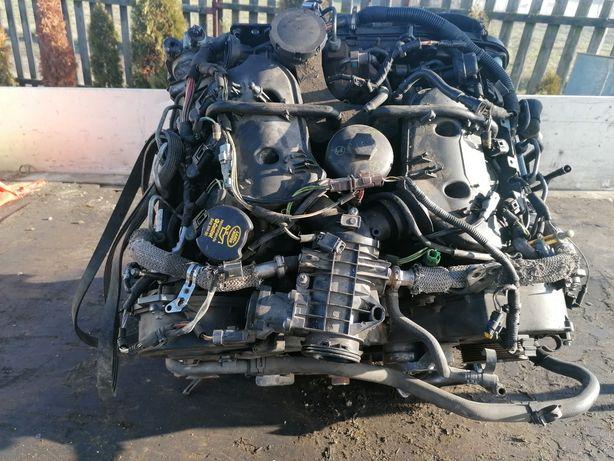 Vand motor Range Rover 2.7  întreg sau pe componente