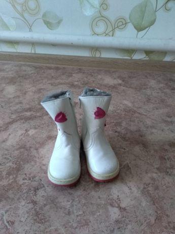 Детские зимние сапоги для девочки