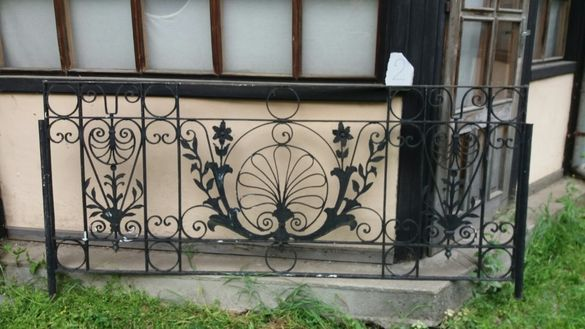 старинни парапети решетки оградни пана