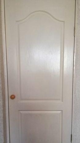 Продается двери б/у на 60 и 80см 5000т за каждую