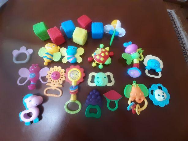 Игрушки детские погремушки