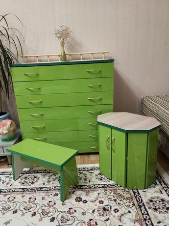 Комплект мебели комод+тумба+ стул