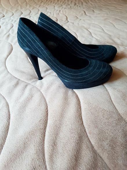 Дамска обувки от естествен велур височина на тока 10 см.