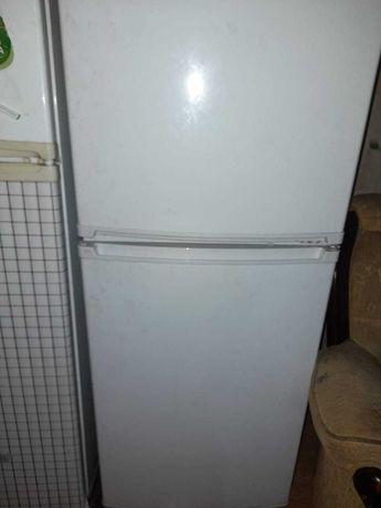 Холодильник и газ
