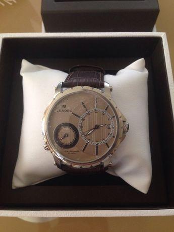 Продавам нов оригинален луксозен японски часовник