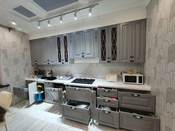 Кухонные гарнитуры на ЗАКАЗ. Кухня. Мебель для кухни. Шкаф.  МДФ. ЛДСП