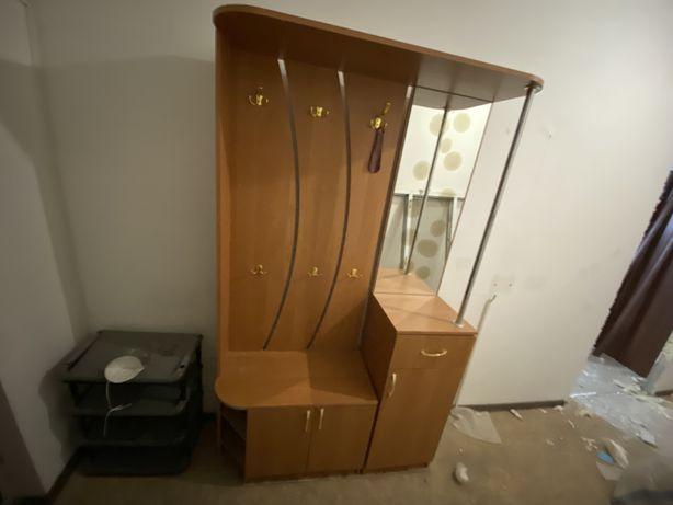 Продам БУ шкаф в идеальном состоянии