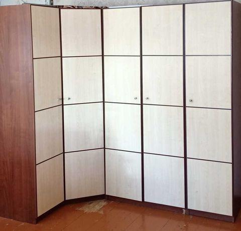 Продам шкафы (угловая стенка для спальни/детской)