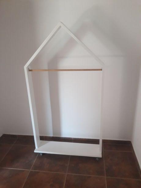 mobilier gen montessori