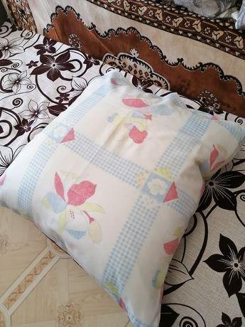 Продам подушку в