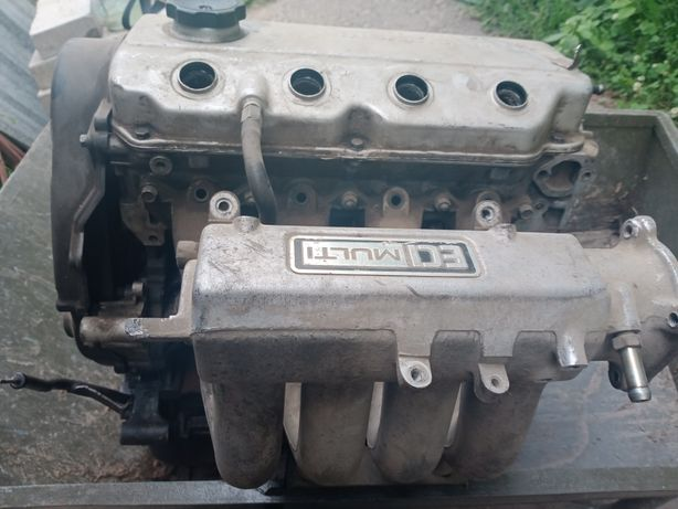Продам двигатель на Mitsubishi Space Runner