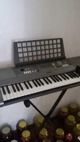 синтезатор учебно-профессиональный  Yamaha