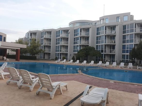 Просторен тристаен апартамент Сарафово Бургас