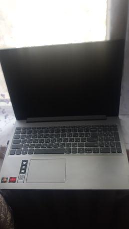 Ноутбук Lenovo новая