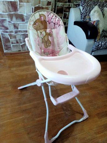 Детская коляска, стул для кормления и кенгуру за 9000тг