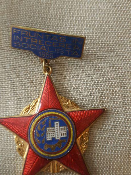 Insigne Fruntas in intrecerea socialista 1966