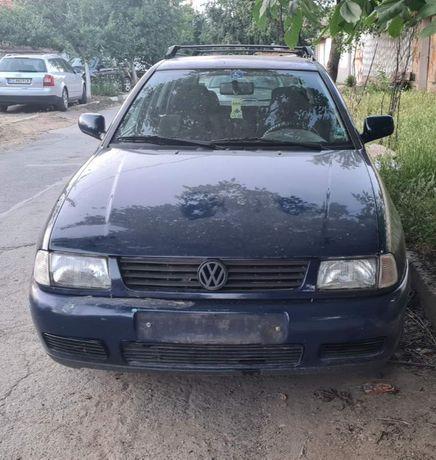 Volkswagen Polo 1.6 на части