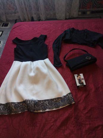 Продавам рокли, блузи, сака, поли, елек, комплект