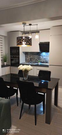 Apartament etaj 1 decebal D mare /lux