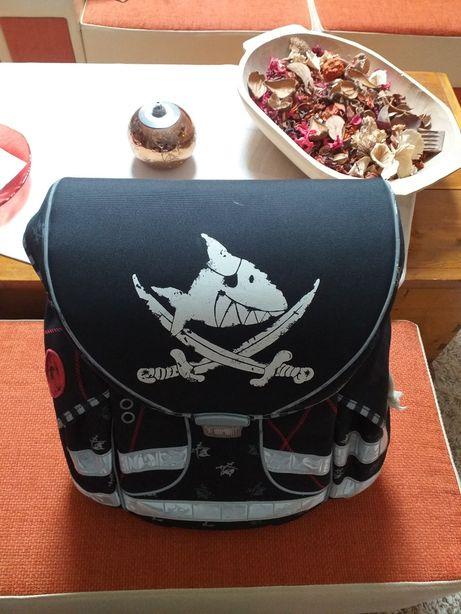 Ghiozdan Capt'n Sharky