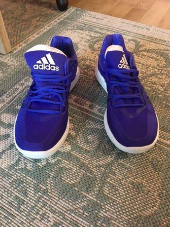 Adidas и Найк - оригинални нови маратонки