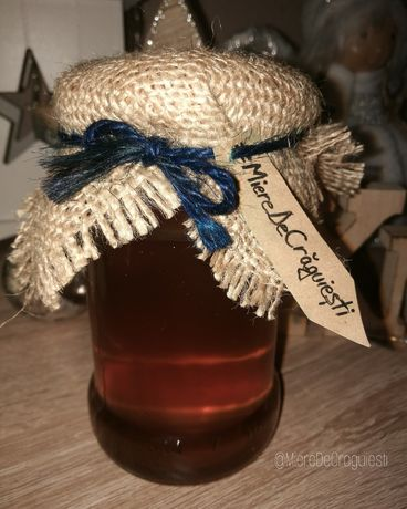 Vand miere de faneata (din flori de pe dealuri) 100% naturala