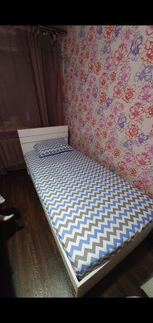 Продам кровать односпальную