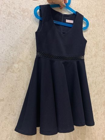 Школьный темно- синий сарафан